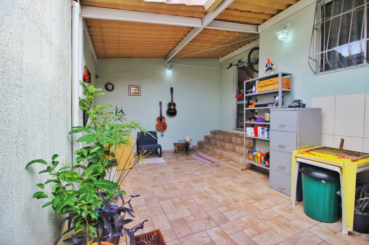 Apartamento 02 quartos com área privativa – Bairro Arvoredo/Cabral