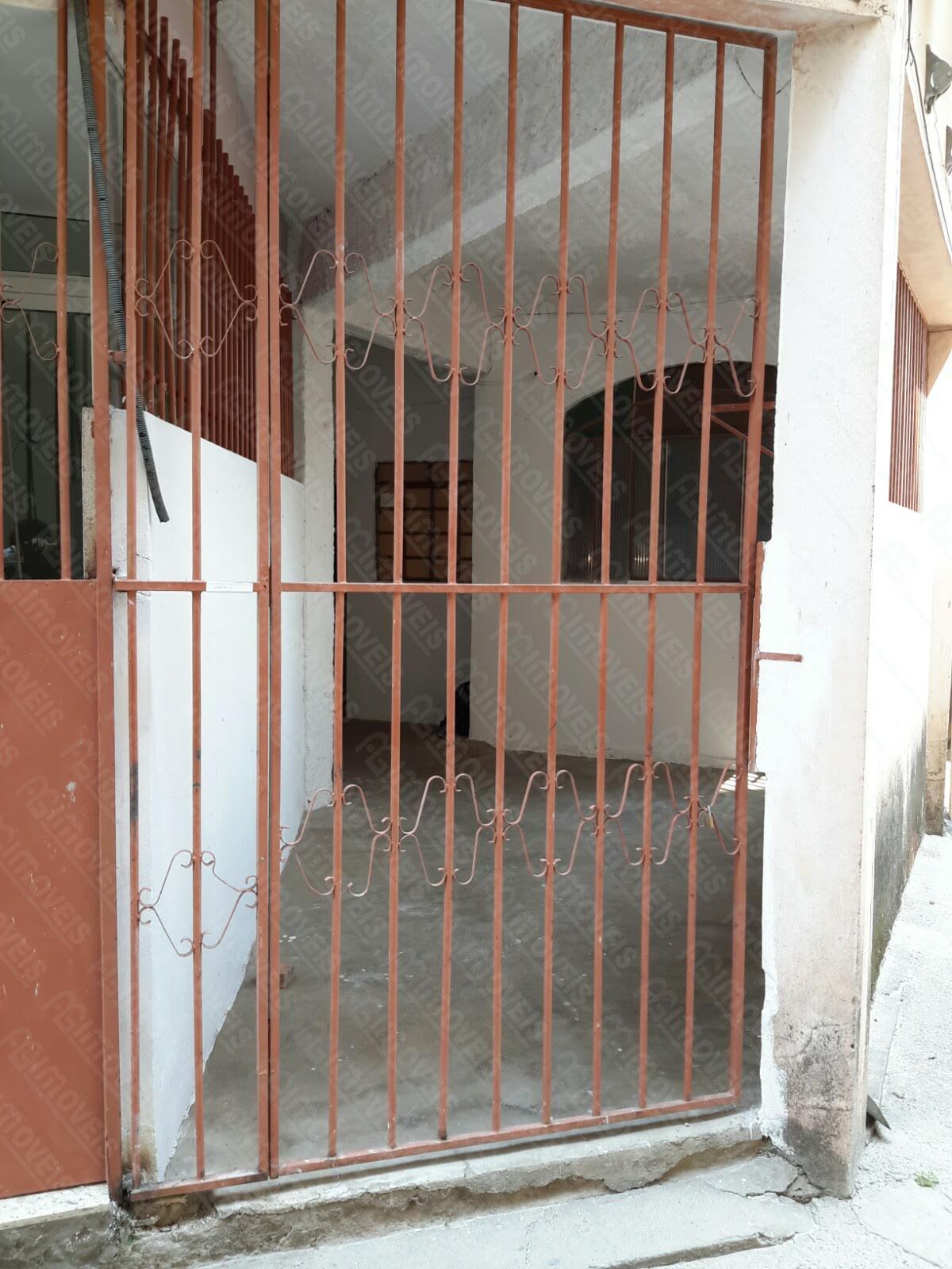 BARRACÃO 2 QUARTOS NO BAIRRO INDUSTRIAL