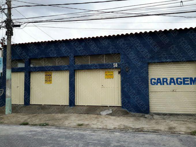 EXCELENTE CASA COM GARAGEM NO DURVAL DE BARROS